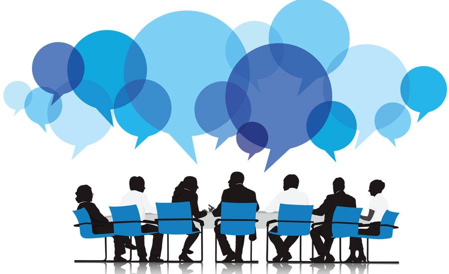 Bestuursleden aan de vergadertafel