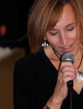 Tania Grubbs Trio @ Blue