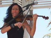 Randi Fishenfeld on MUSICWOMAN LIVE! Radio