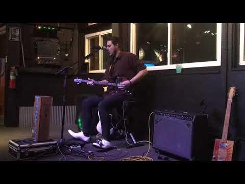 Travis Bowlin Crossroads On the Cigar Box Guitar