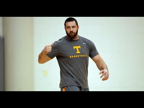 Strength coach Medenwald plays big role in building top-ranked Vols