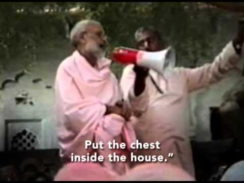 Vraja Mandal Parikrama 1989 led by Sri Srimad Bhaktivedanta Narayana Goswami Maharaja