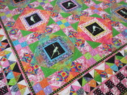 center of quilt showing both blocks