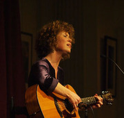WORKSHOP: Irish Traditional Song with Aoife Clancy