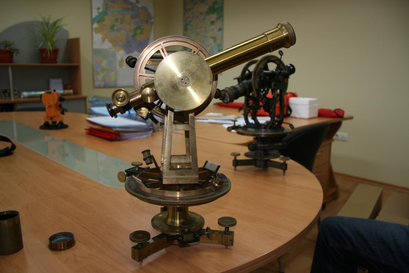 "Instrument from 1890, ""TrueNorth"" museum"