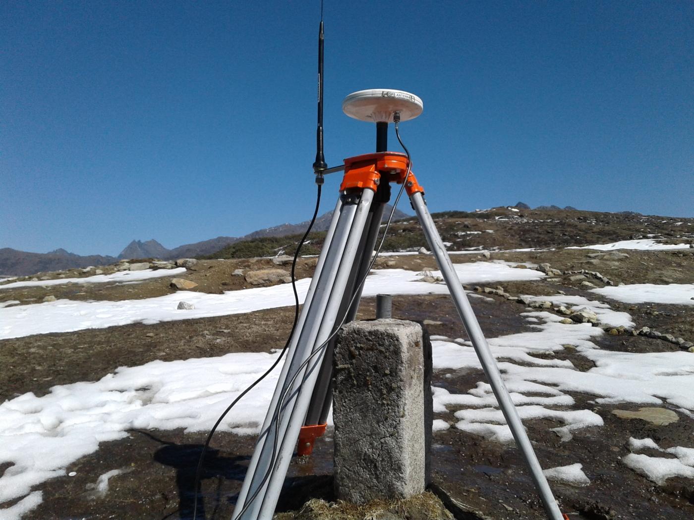 Surveying with DGPS