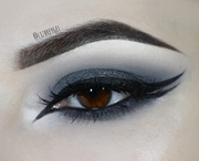 Nocturnal Smokey Eyes