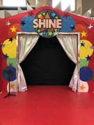 Shine stage 70's theme