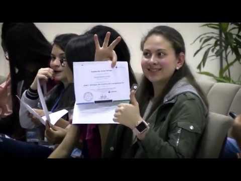 Robótica para mujeres jóvenes con discapacidades cognitivas o auditivas