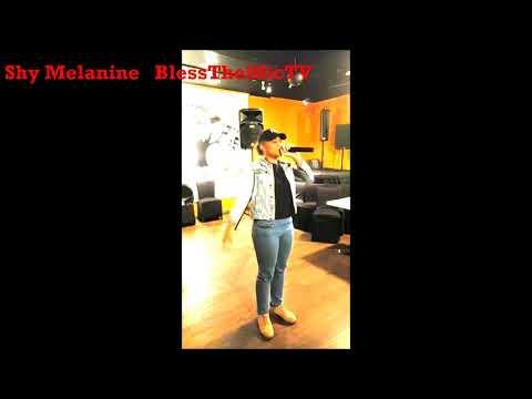 Shy Melanie Sings Acapella In Harlem - BlessTheMicTV