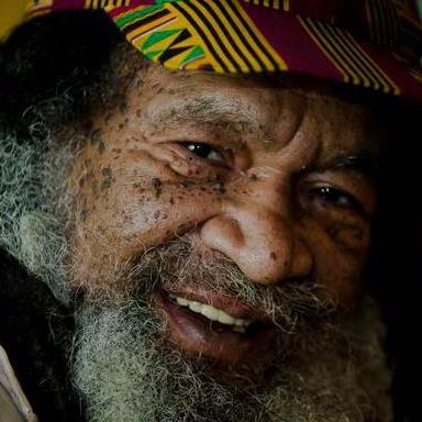 Praise Song to Legendary Raspoet OJENKE aka Alvin Saxon