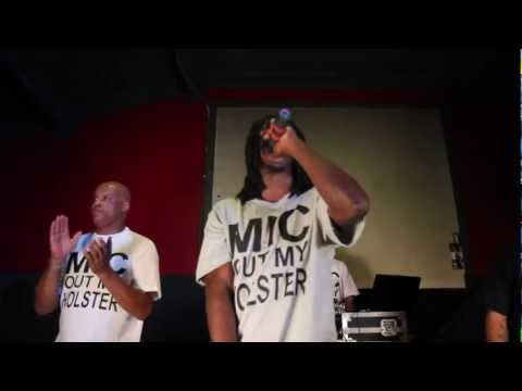 """Wallabe- """"Official Mic Out My Holster"""" Video"""