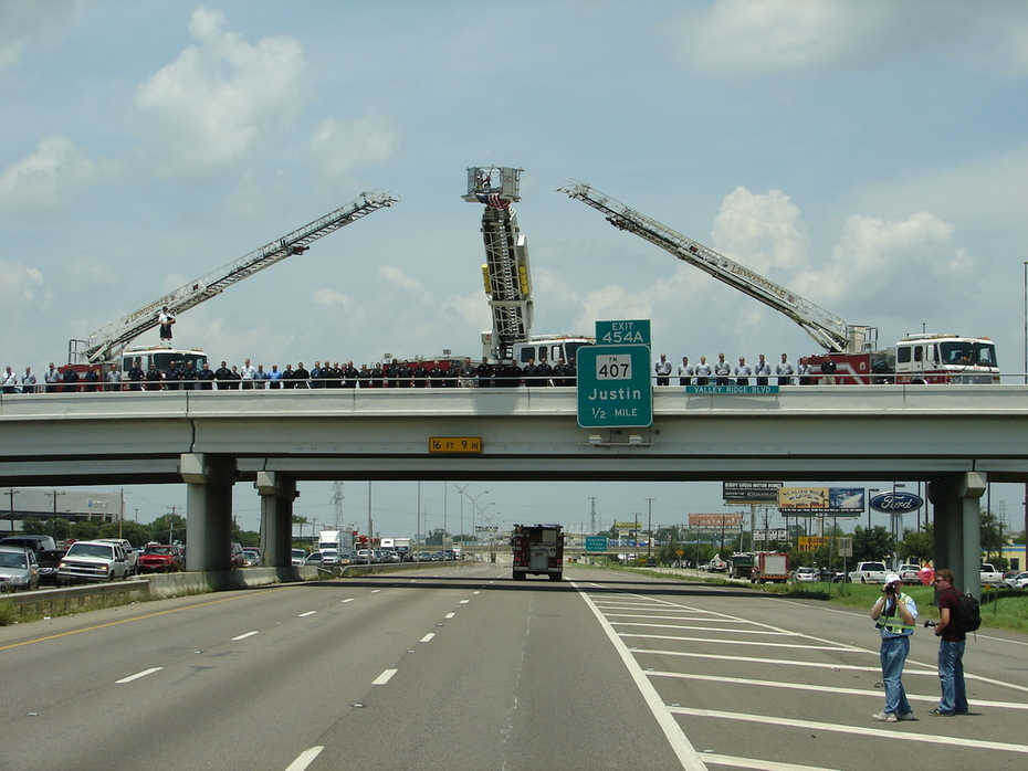 Our tribute to Plano Officer Wes Hardy