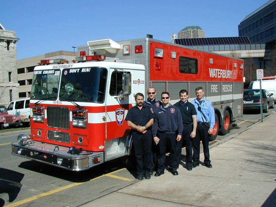 Former R-9 crew