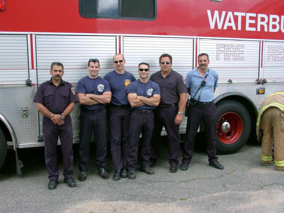 Former (Former) R-9 crew