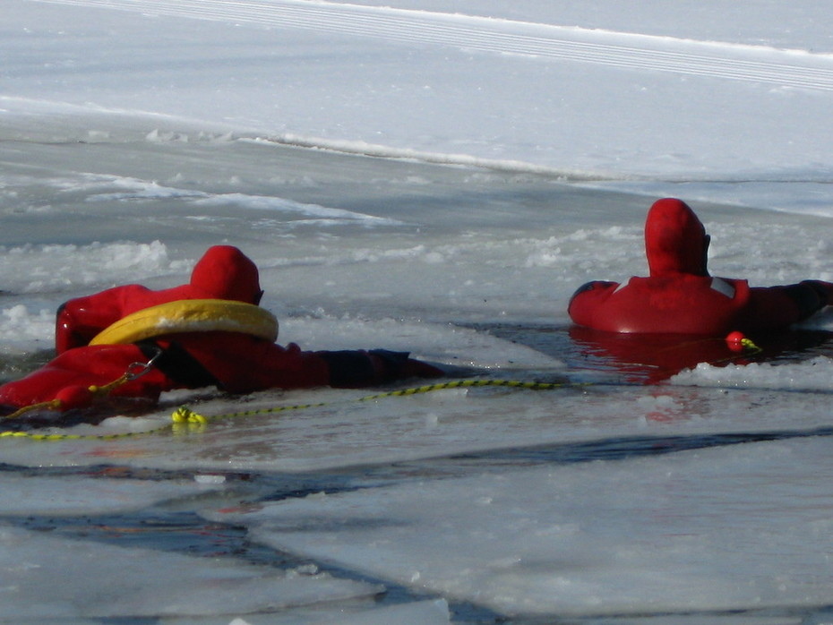 Working our way through ice chunks.