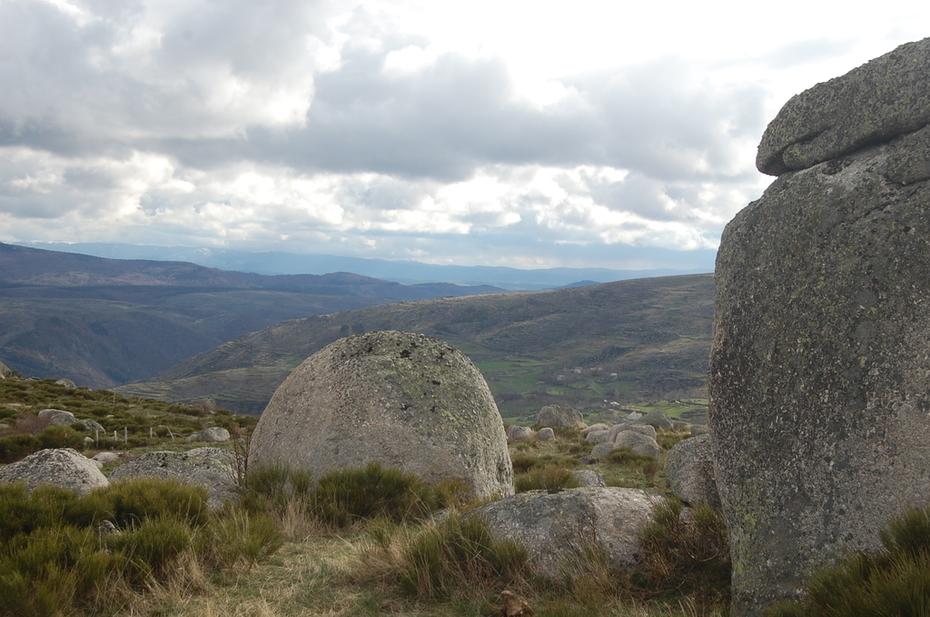 Gardiens de pierre