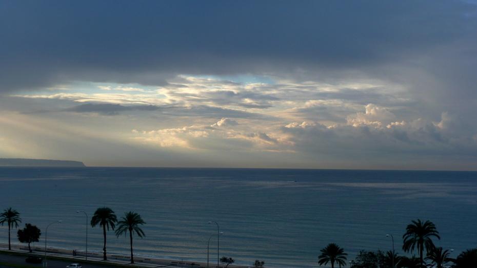 Morning rising in the Mediterranean 11-08-2008