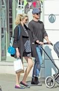 Daddy Duty! Josh Hartnett And His Girlfriend Stroll Around London