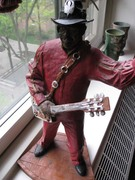 Statue Bo Diddley sent to my father