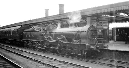 No.21.at Northampton Castle c1930