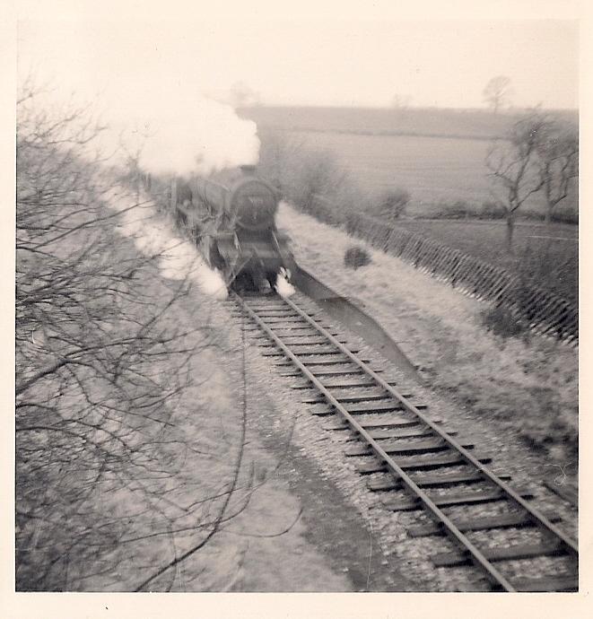 31.3 Jan 11 48221 passes Moreton Pinkney eastbound