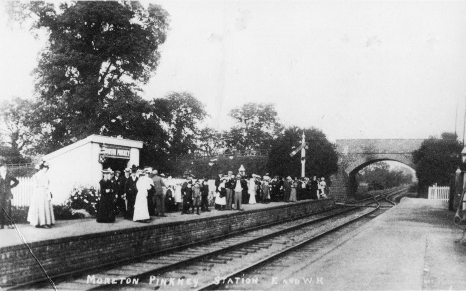 Moreton Pinkney station