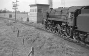 BR Standard Class 9F No 92213 at Broom West Signal Box