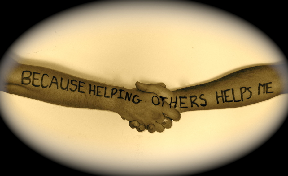 Avi Siani - Helping Others