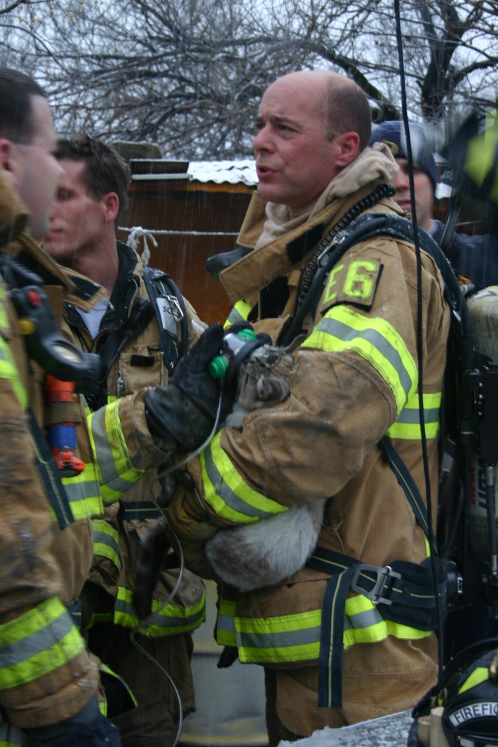 Hatcher fire, used new pet masks to revive cat