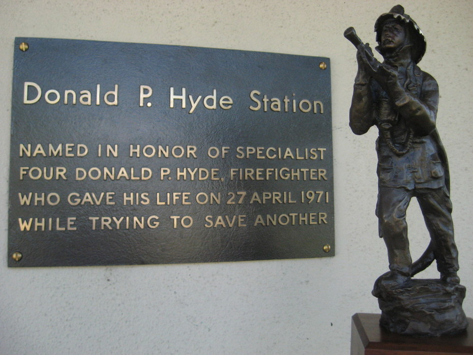 Donald P Hyde