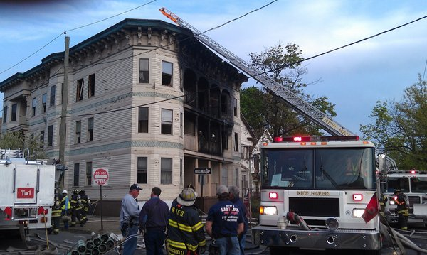 hc-pictures-new-haven-fire-20120428-006