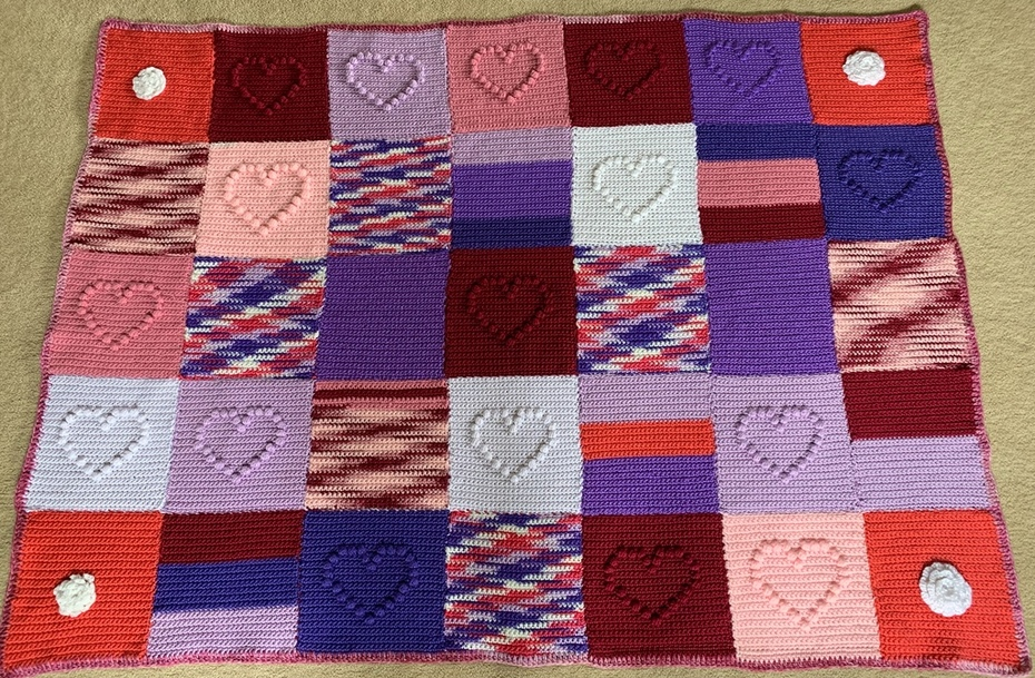 Does anyone know who made these lovely squares?