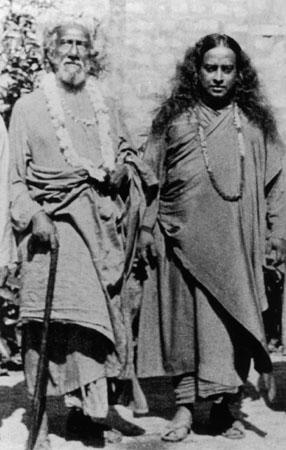 yoganandaji and sri yukteswar