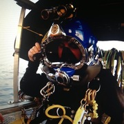 me goin diving