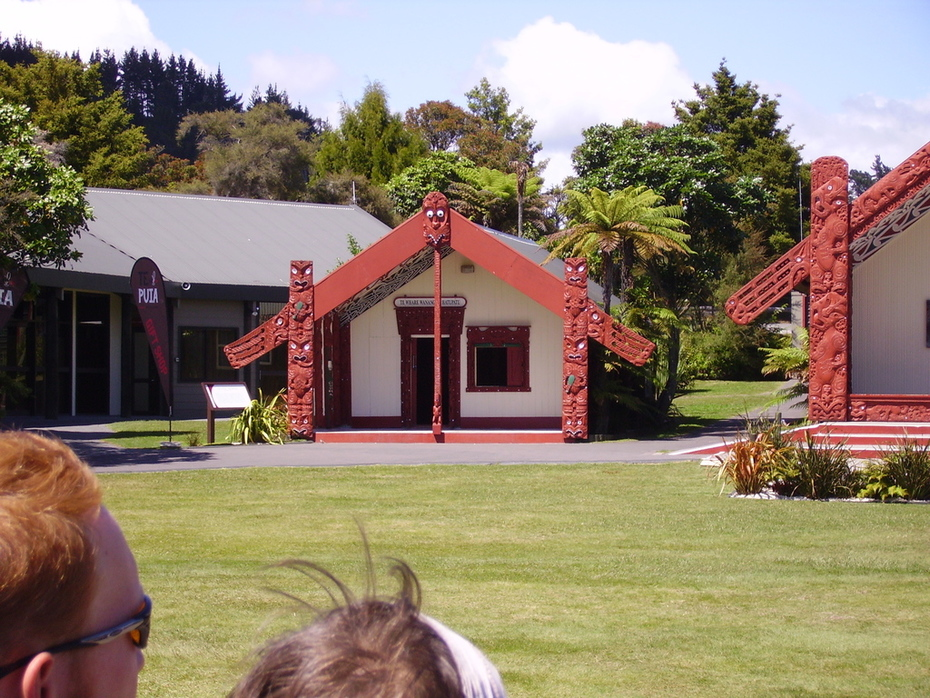 Maourie hut 2