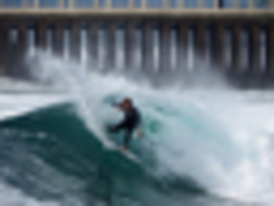 NEW PIER POWER SURFING - NEIL HELLERLE ©