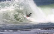 09-03-17-bodysurf-1