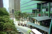 Lot-10-Shopping-mall