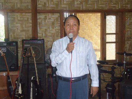 Conductor, Sia Gin Khan Pau