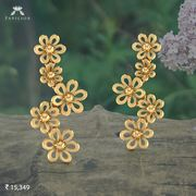 gold earring papilior