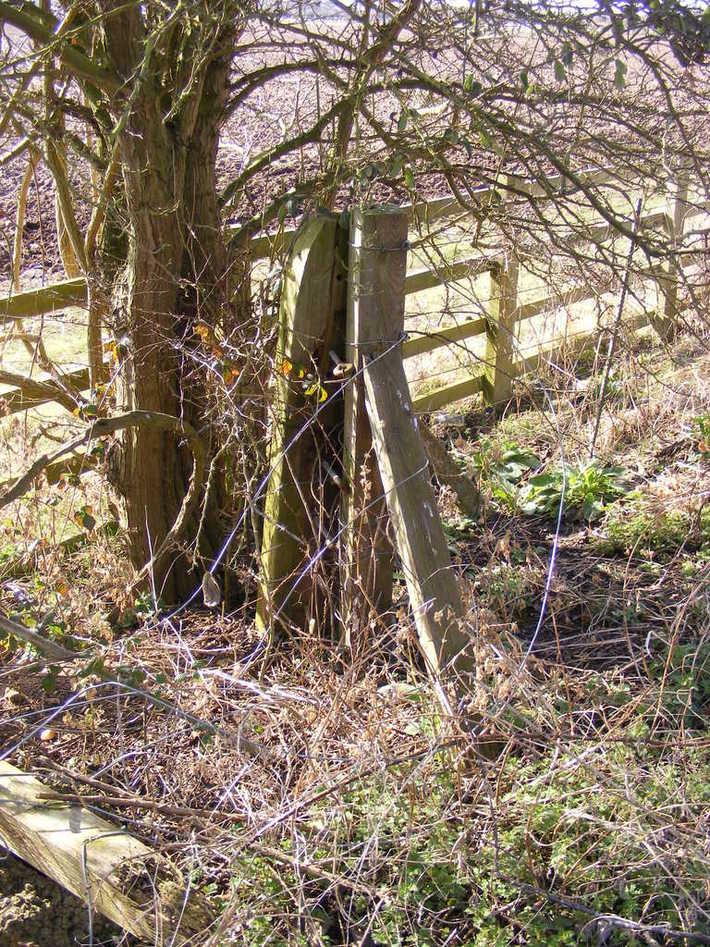 Stratford-upon-Avon Station site - original boundary fence