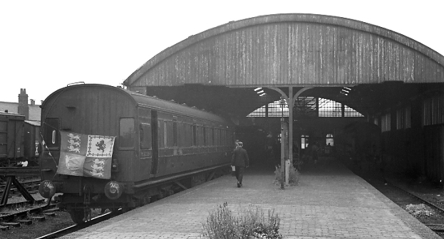 Last SMJ train at Banbury Merton St.