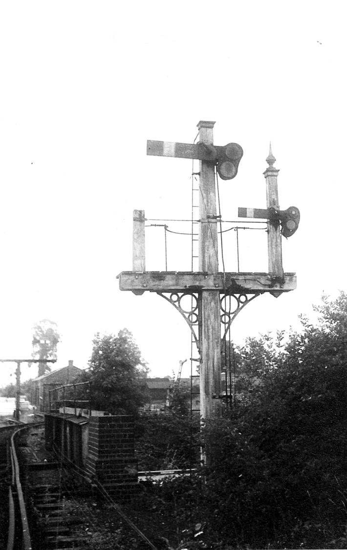 The Lucas bridge Signals