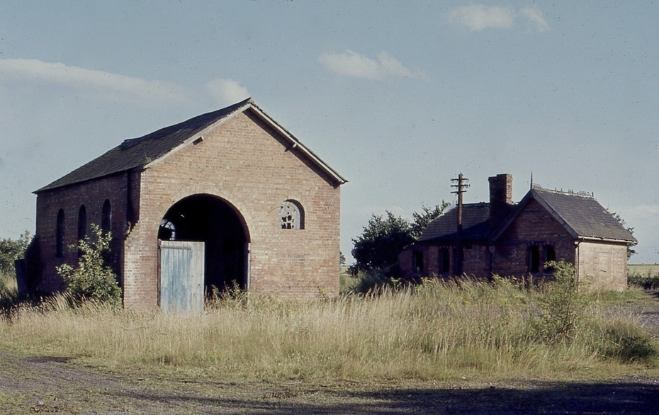 Ettington Station and good shed