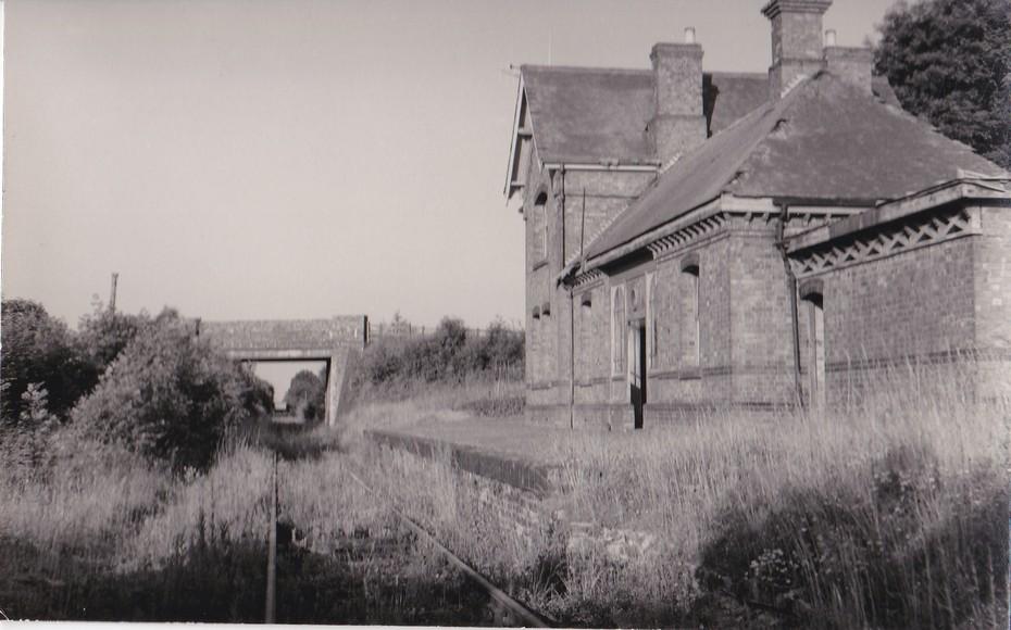 Stoke Bruerne station looking east