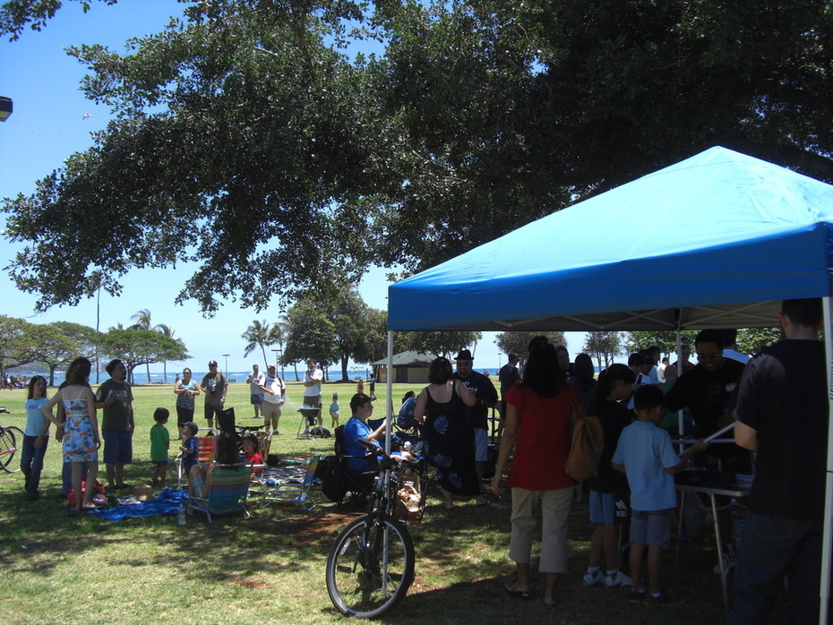 Hawaii Geek Meet at Ala Moana Beach Park