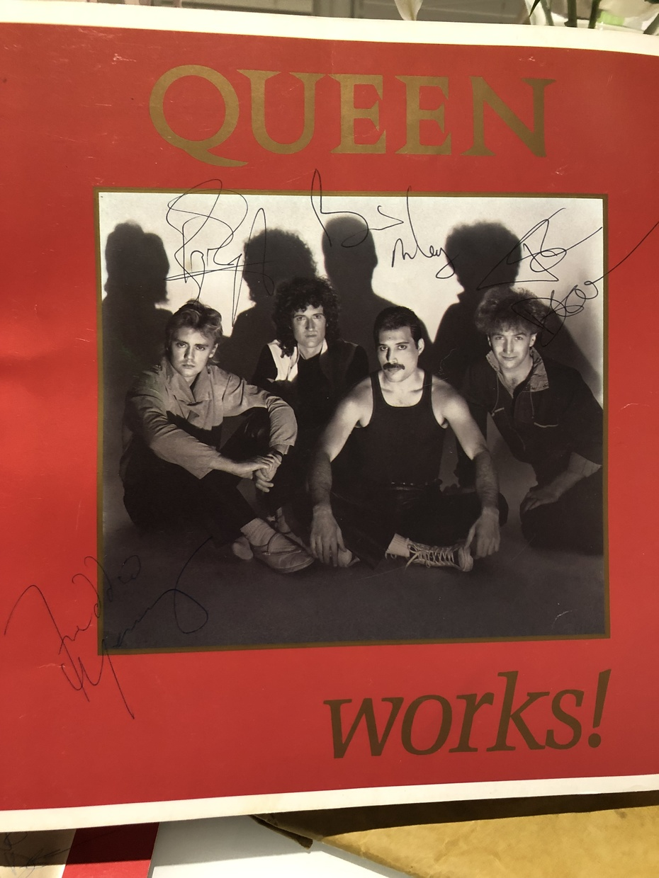 Queen autograph The Works Program 1984