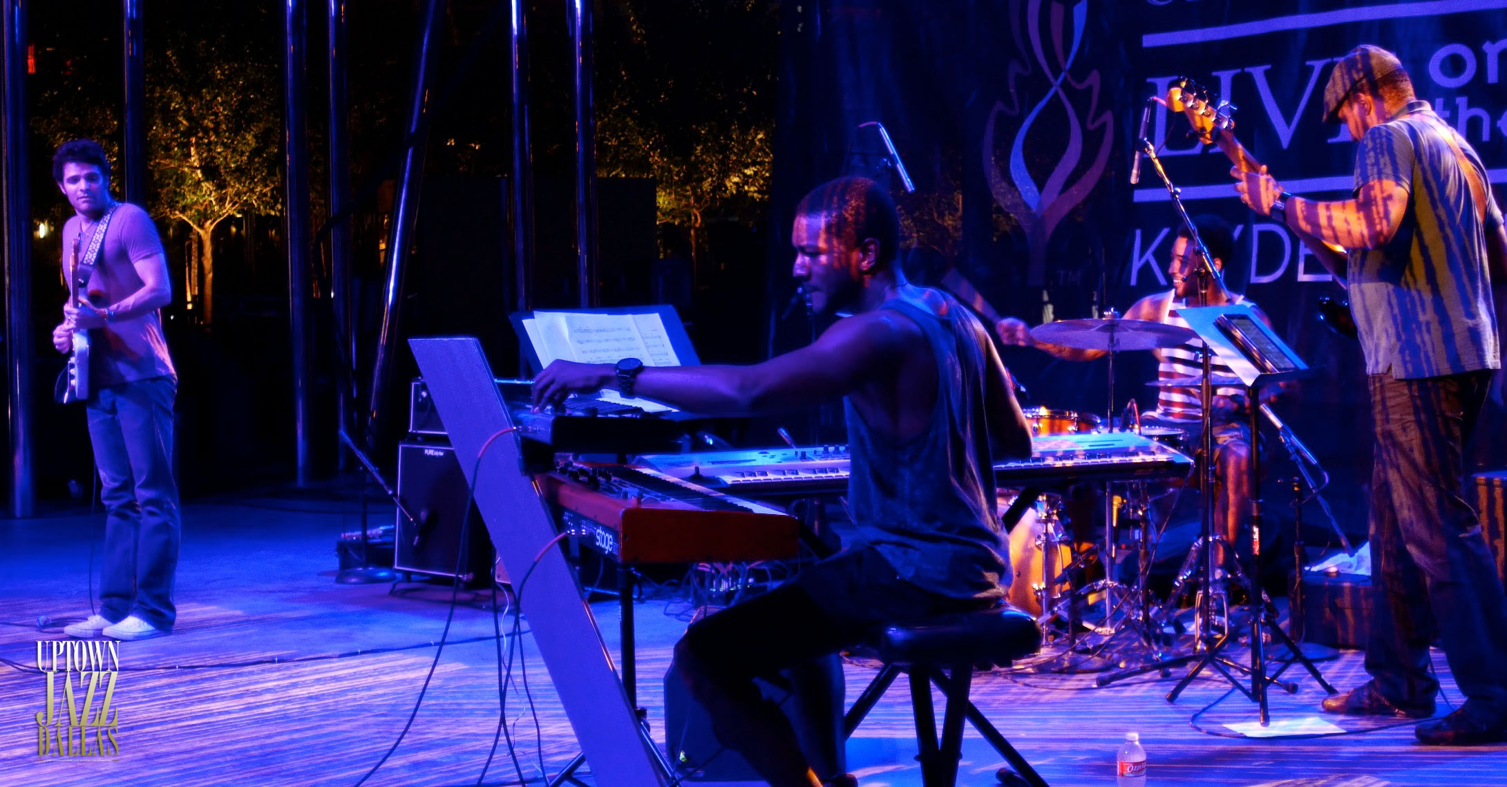 UJD | Live on the Lawn Moment: Mark Lettieri 2014
