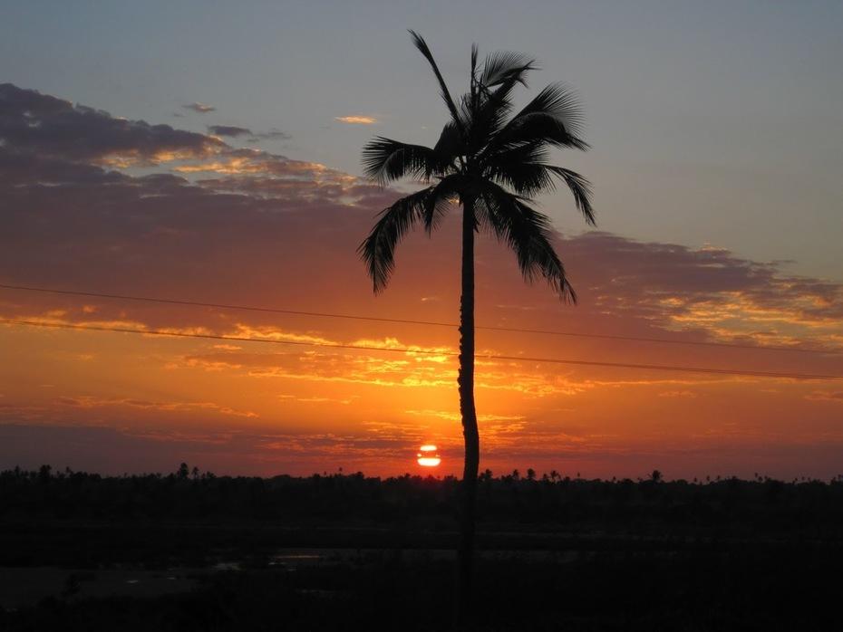 pôr-do-sol em Moçambique